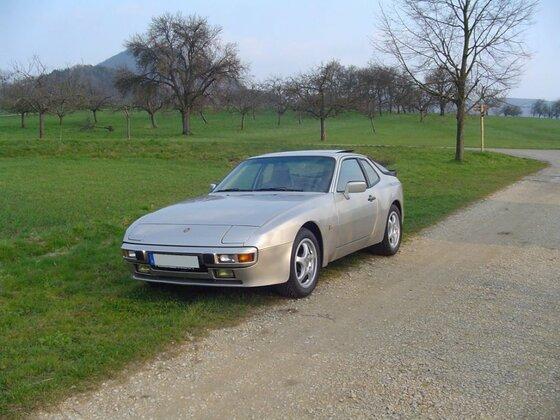 Porsche 944 2.7