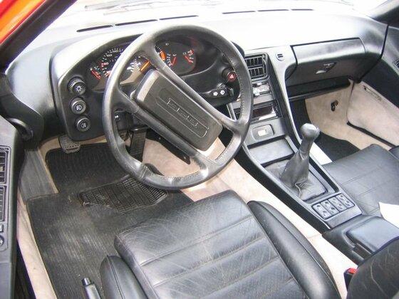 Porsche 928S - 1983