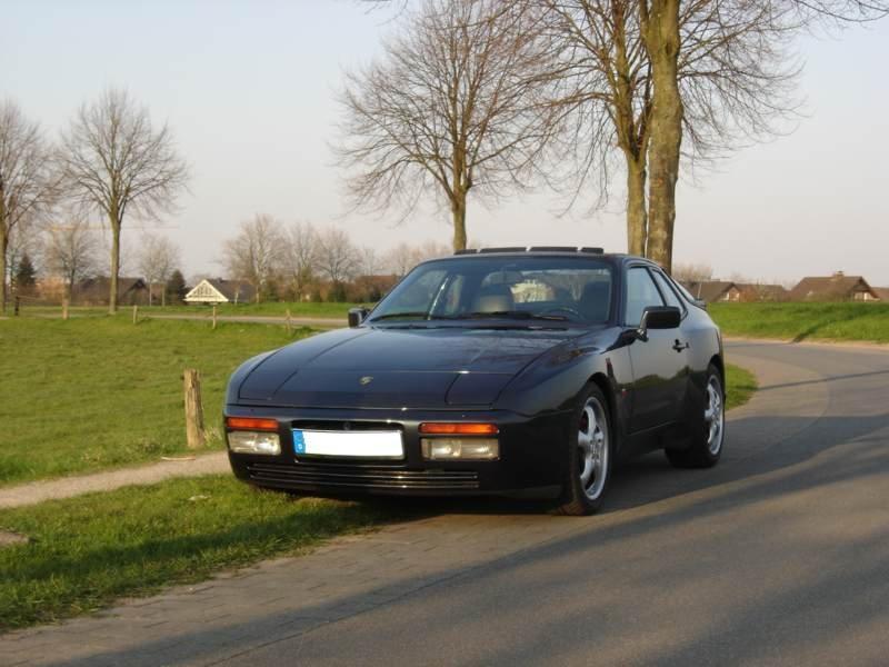 944 Turbo 1