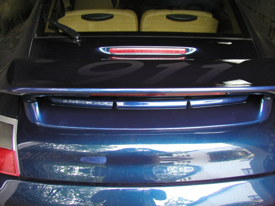 911 Carrera Flügel