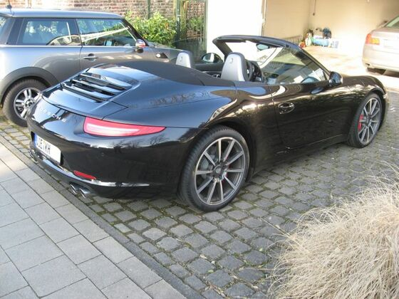 PorscheHeck2klein.jpg