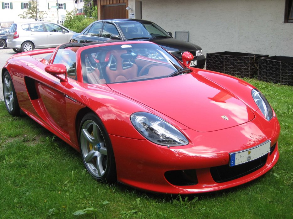 Carrera GT Rot