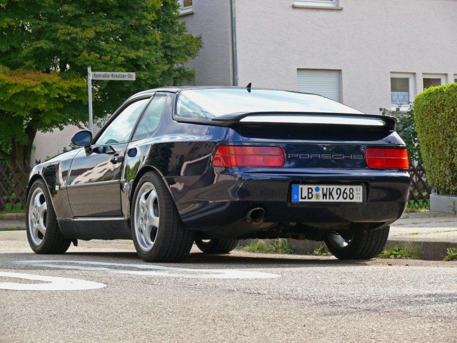 Porsche 968