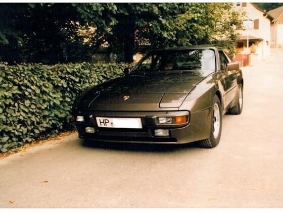 Porsche 944-Foto 1983.jpg