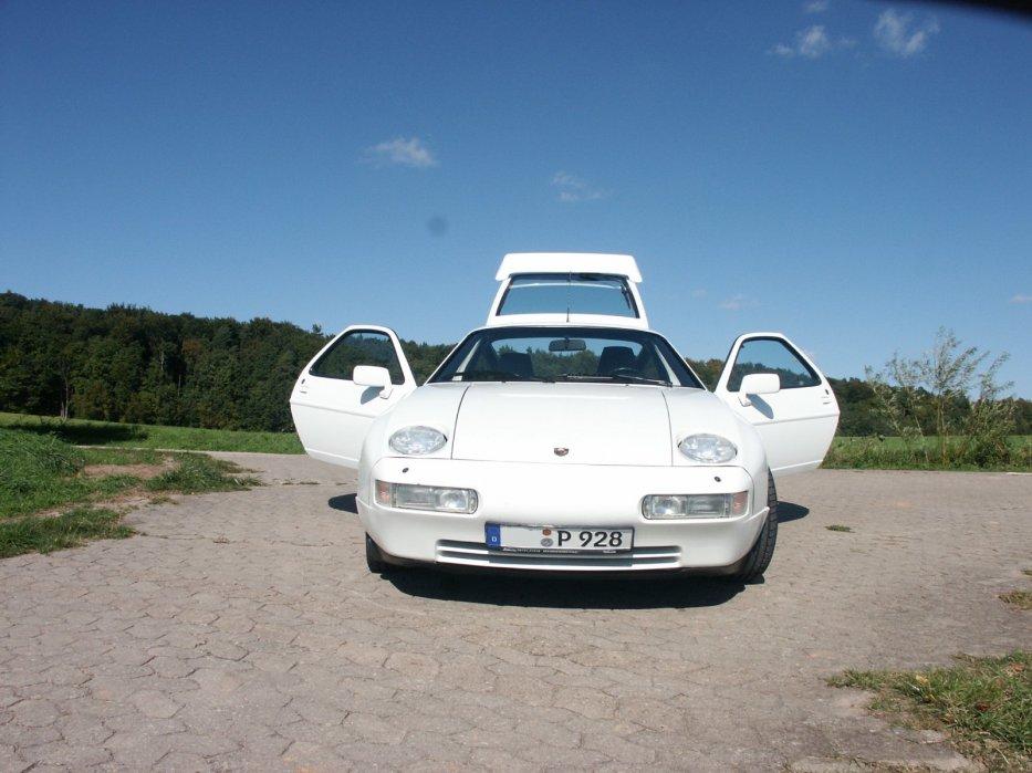 Porsche 928 S4 Bild 2