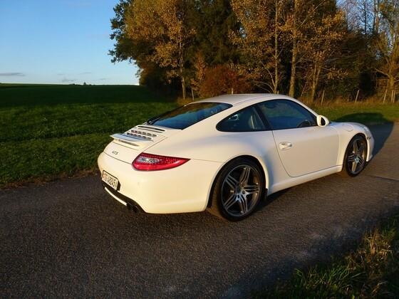 Porsche 997 GTS (5).JPG