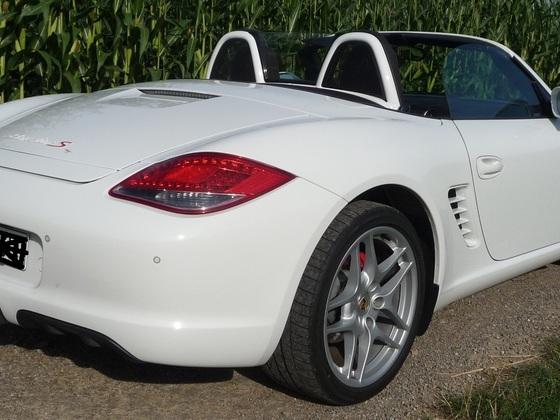 Porsche Rot S (6).JPG