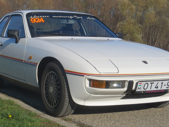 Porsche_924_Le_Mans_06