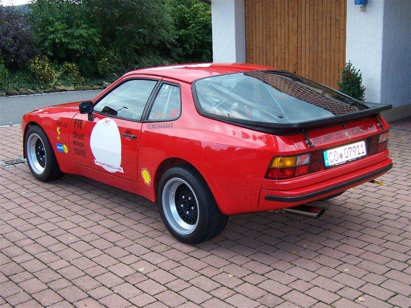944 RS von hinten/links