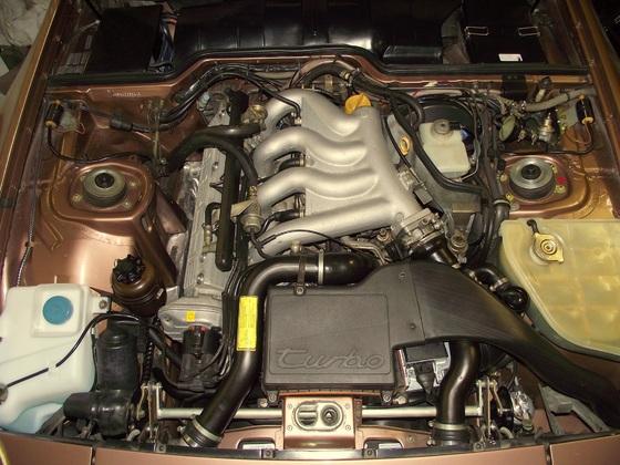 Motorraum 951