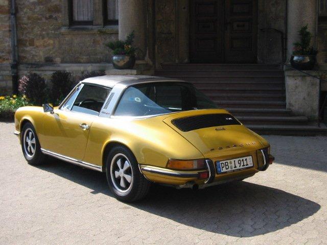 Porsche 2.4S Targa3