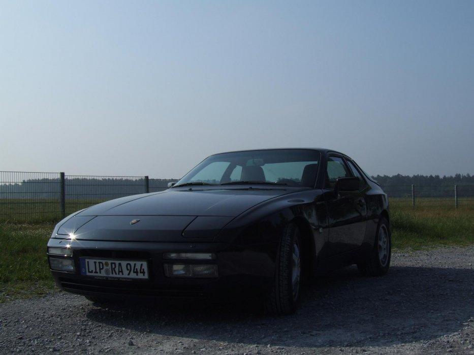 944 S2 glanzschwarz3
