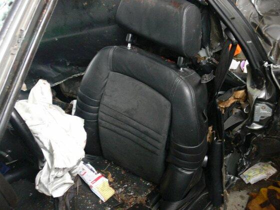 Ex-968 Fahrersitz