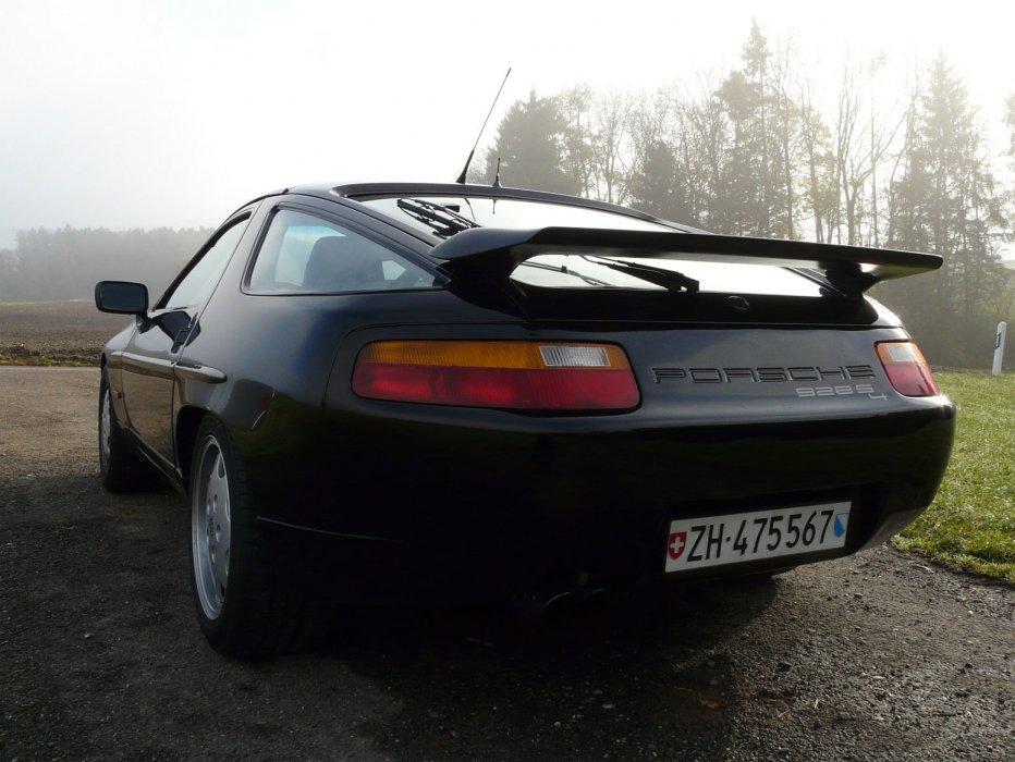 Porsche 928 S4 (1991)