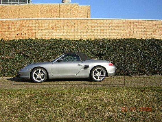 986 GT-Silber / Seite