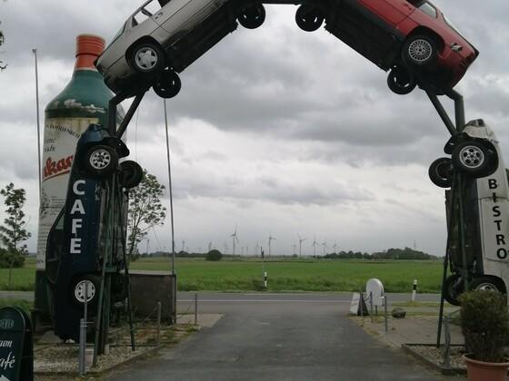 Einfahr tzum Automuseum NORDEN