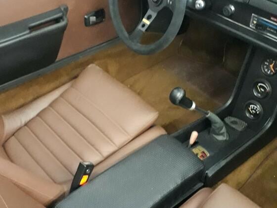 Porsche 914  restauriert, neues Interieur mit Momo Lenker