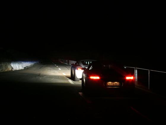 Klausenpass by night