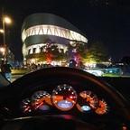 Porsche vor Mercedes Museum Stuttgart