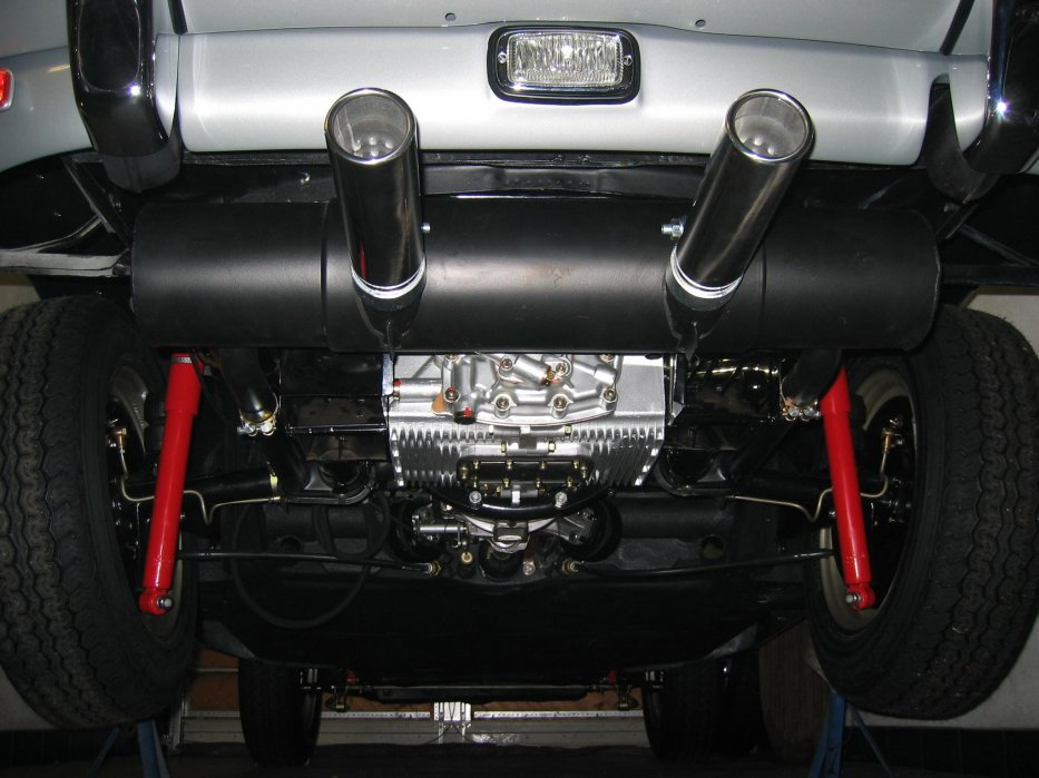 Motor und Untersicht