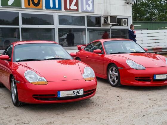 Dinslaken-2019, Porsche 996 Bj.1998+1999 indischrot