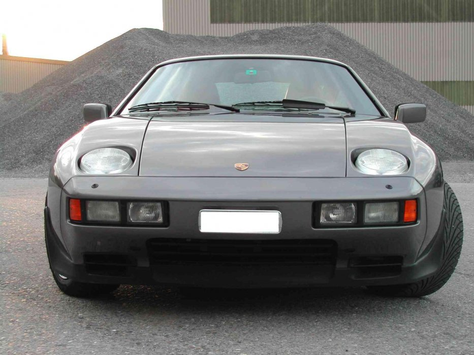 928 S3 Front