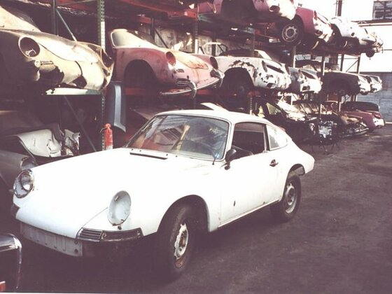 911 weiss Lager 1