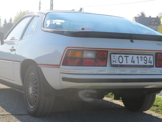 Porsche_924_Le_Mans_03