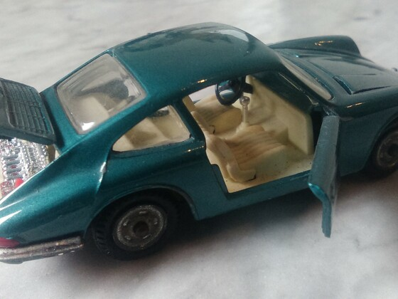 912 / Scale 1:43