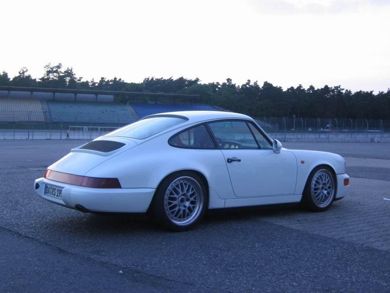 Porsche 911 RS 964