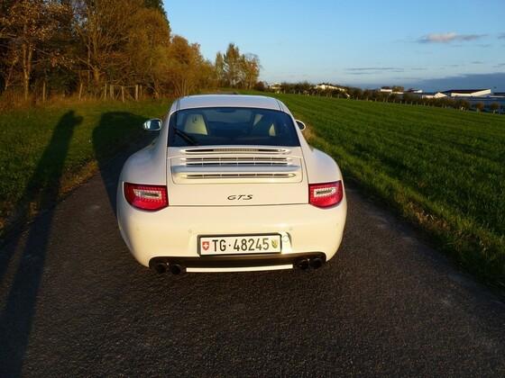 Porsche 997 GTS (6).JPG