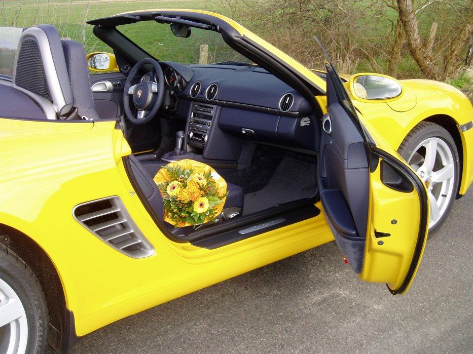 987 in gelb