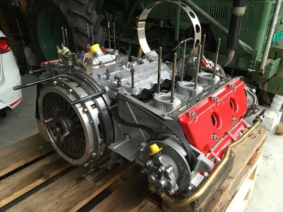 Motor wieder perfekt... neue Ventilsitze und neuer Kreuzschliff etc