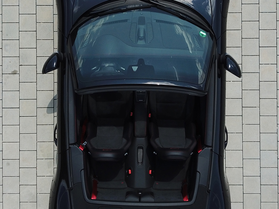 Porsche 911 991.2 c4 GTS Cabriolet Top View