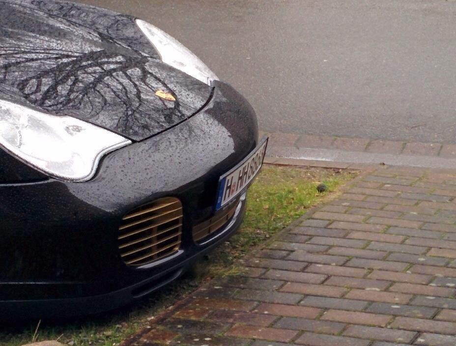 Nummernschild steht ab. Montagetipps? - Porsche 996 - PFF ...